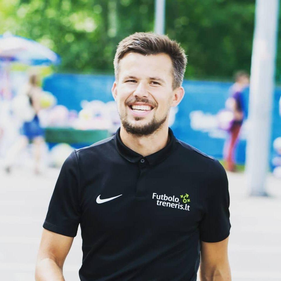 Futbolo treneris Robertas